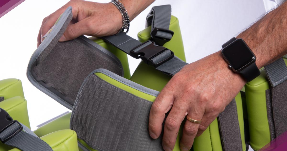 Dettaglio di Passeggino per bambini disabili